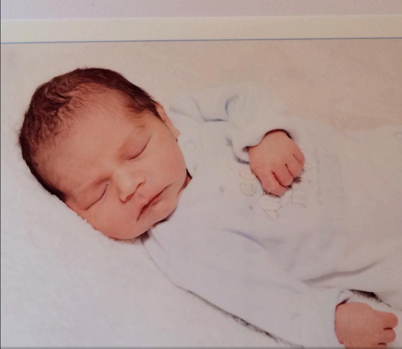 Hypnobirthing baby neugeboren